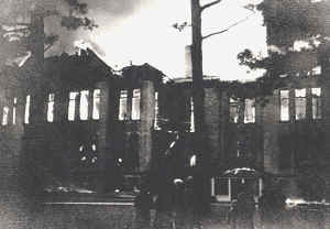 Central Grade School during the 1934 fire