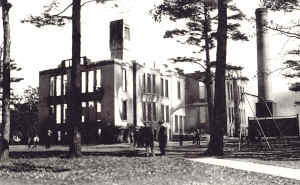 Central Grade School after the fire, which destroyed everything but the 1922 addition.